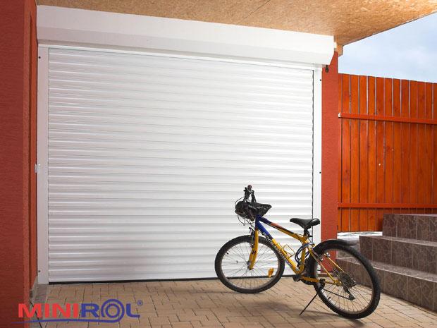 rolovaci-garazova-vrata